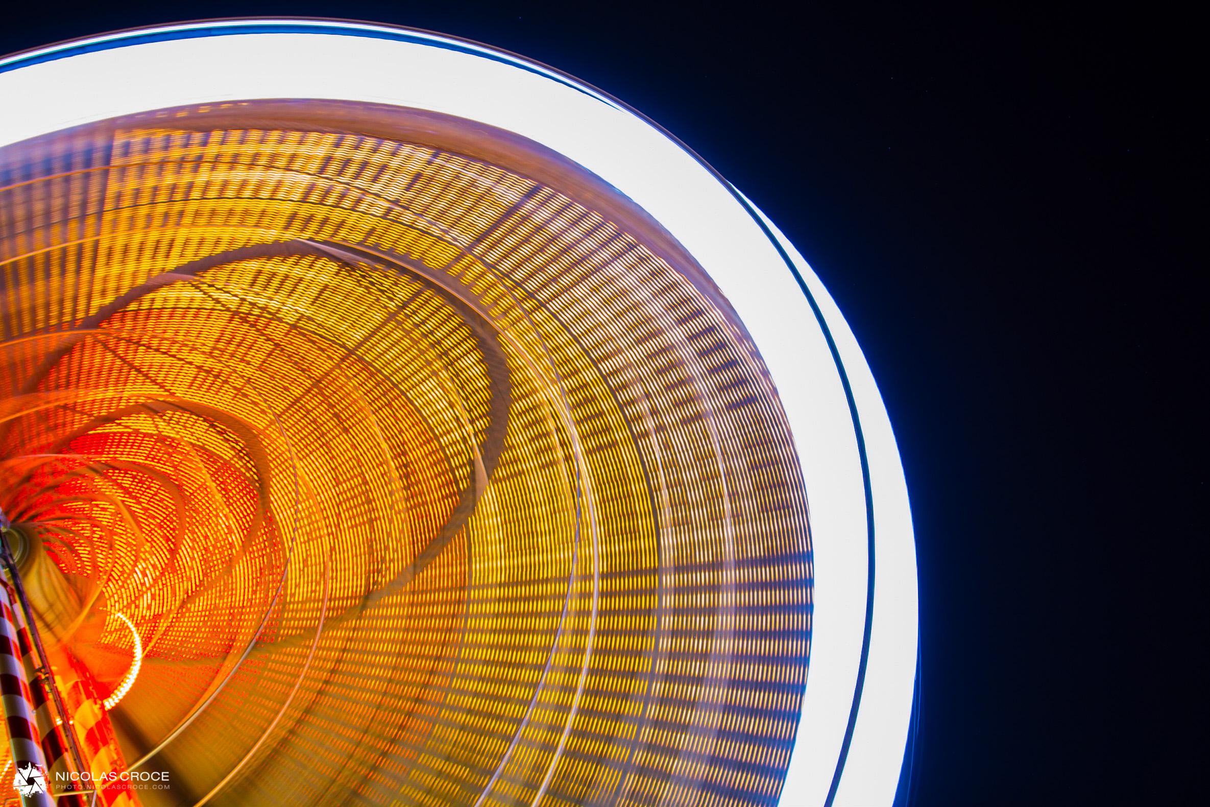 Ferris wheel in toulouse, long exposure